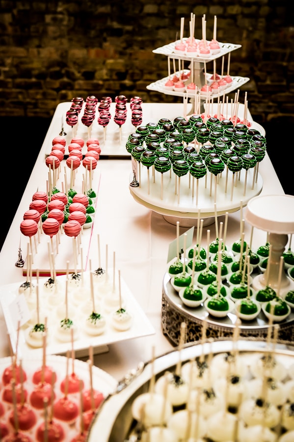 Cake Pop desert table