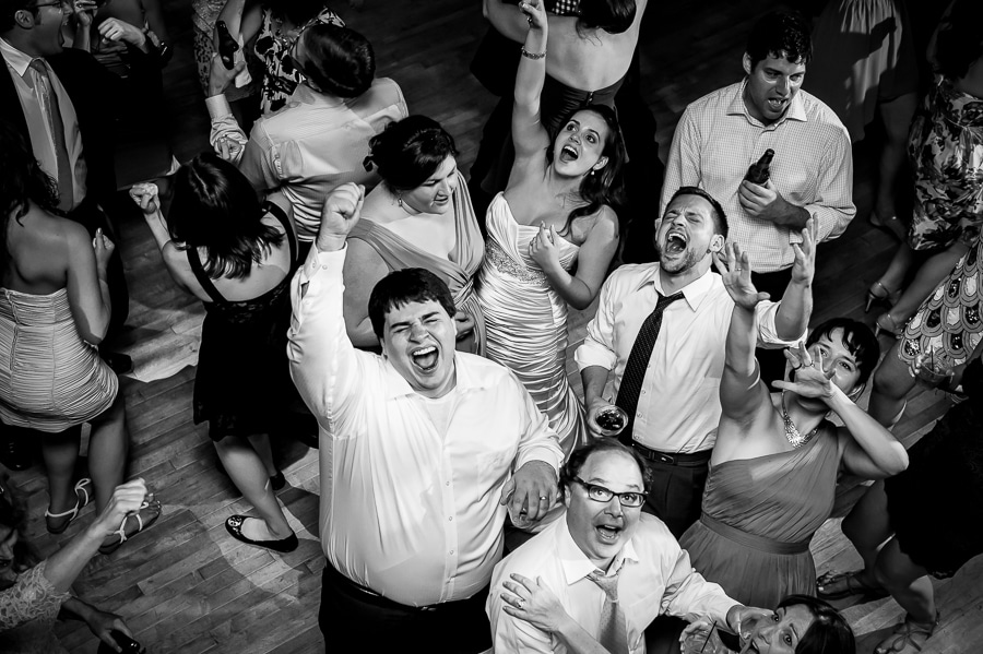 Bride and her brother sing Journey at the top of their lungs on the dance floor