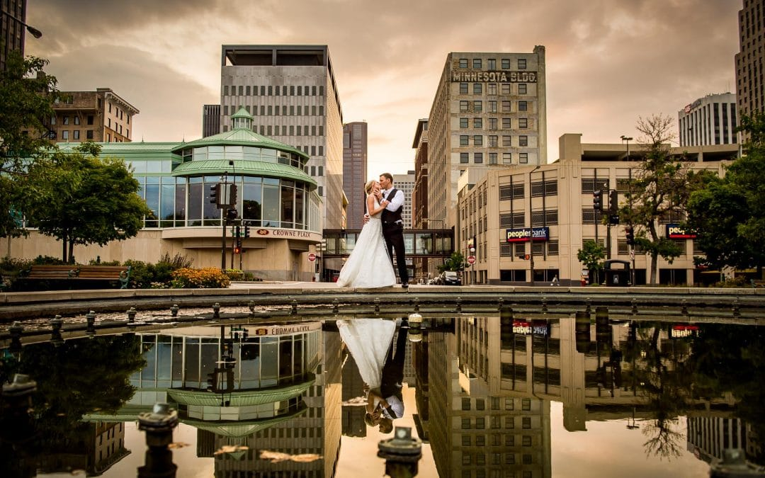 Best Minneapolis Wedding Photographer Honor from Expertise.com