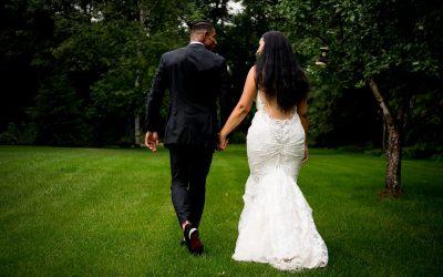 Beautiful Backyard Wedding in Minnesota